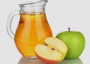 طريقة عمل عصير التفاح الطبيعي
