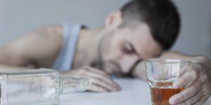 اعراض بعد شرب الخمر