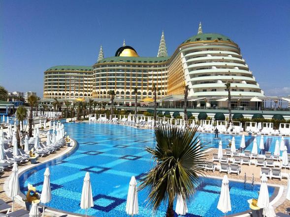 ما هي أشهر وأفضل فنادق انطاليا بتركيا ؟
